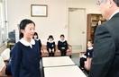 全国かるた選手権出場8児童を激励 敦 賀