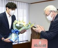 「いい成績を残せて満足」 五輪バレー清水選手が報告 福井市役所