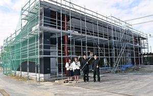焼失から3年、新弓道場完成心待ち
