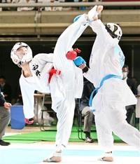 全国高校選抜大会 強豪に肉薄、自信刻む 空手道男子団体組手 工大福井3位 悔しさ、日本一への糧に