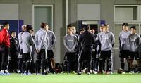 サッカー日本代表、非公開で調整