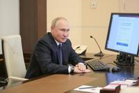 ロシア与党、3分の2議席微妙