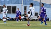 松尾篤4ゴール、敵地で9発快勝
