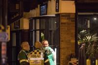 飲食店で2人不調訴え、英南部