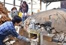 福井の陶芸教室あわらで火入れ 穴窯で焼き、来月…