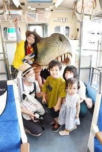 きょうりゅう電車GO! えち鉄勝山永平寺線 迫力モニュメント