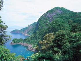 高さ260メートルの絶壁。海からの眺めも大迫力