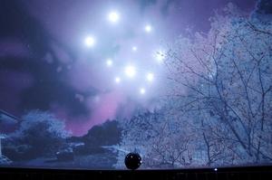 東日本大震災をテーマにしたプラネタリウム番組のワンシーン=仙台市天文台提供