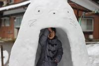 本気で雪遊び、都会女子も大満足