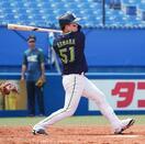 ヤクルト浜田、エースから本塁打