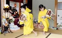 【みんなで読もう】太鼓や舞で先祖供養 小浜市若狭町 「六斎念仏」 児童ら奉納