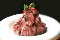 極上肉料理、厳選ワインと堪能を
