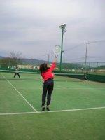20代から始めても楽しくテニスはできます。