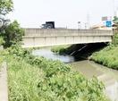 福井GS強盗、橋の下に現金隠す