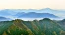 シーズン到来、新緑輝く山に登ろう