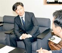 モータージャーナリスト桃田さん 永平寺町 「大使」に任命 自動運転実験へ助言