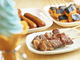 A4ランクの若狭牛ステーキ串や越前塩ソフトクリーム