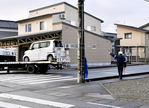 男性がはねられ死亡した事故現場=12月3日午前9時55分ごろ、福井県大野市陽明町1丁目