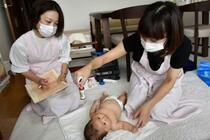 「大型サイド」乳児訪問事業 赤ちゃん対面できず手探り