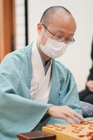 将棋、渡辺明二冠が初の名人位