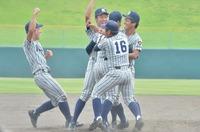 福井県高校野球、熱戦の数々を写真で