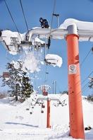 ゲレンデ閉鎖、大雪嘆くスキー場
