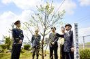 「令和」記念し敷地に梅植樹 北鯖江駅名誉駅長、…