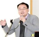 「理系小説で非日常へ」 福井 作家の松尾博士講演