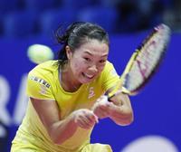 テニス、奈良は元世界1位に敗退