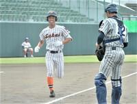 坂井が初回本塁打、敦賀気比先制許す 2021夏の高校野球福井大会準々決勝