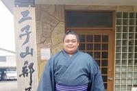 大相撲の舞蹴、けが越え十両一直線