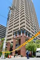 警察訪問直後に男性転落死、大阪