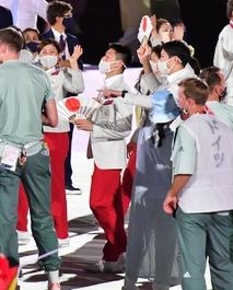 東京五輪が開幕、県勢も入場行進