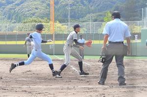 【写真】高校野球、啓新―…