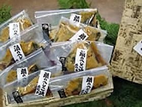 獲れたての魚を天然塩で薄く干した干物は絶品