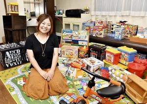 おもちゃ図書館のオープンを目指している西野有香さん=福井県鯖江市