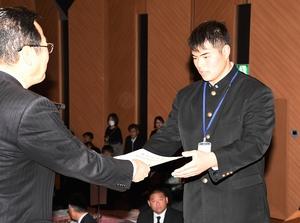 陸上で活躍、福井県勢選手を表彰