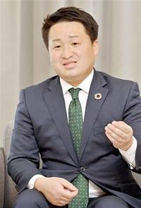 介護、医療の課題に対策 次期若狭町長、渡辺氏が来社