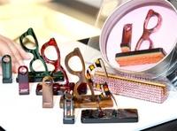 眼鏡素材と技ではんこ 小林大伸堂(鯖江) 鮮やか、模様多彩
