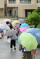 大雨警戒500人超避難、大阪