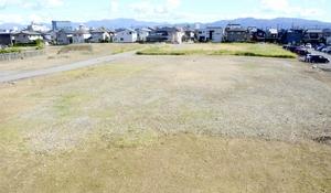 福井県福井市が民間からの提案を募集している大和紡績工場跡地=11月2日、同市みのり3丁目