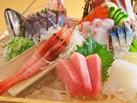 新鮮な魚介に自信あり リーズナブルな理由は水産会社直営