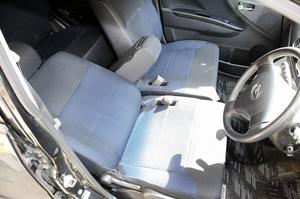 栄介さん(仮名)は会社から戻ると、この車の中でシートを倒して2、3時間過ごした。親からの電話にも出なかった