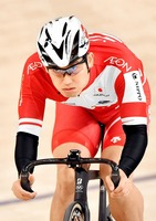 自転車の脇本雄太選手