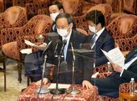 首相、大阪「宣言時より厳しい」