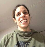 オンラインで取材に応じる陸上棒高跳び五輪女王のエカテリニ・ステファニディ=23日(共同)