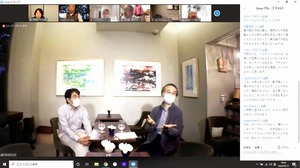 Zoomを通して、コロナ禍の美術館のあり方について語る福井県福井市美術館の石堂裕昭館長(左)と福井県立美術館の野田訓生副館長