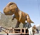 恐竜親子、春の目覚め 大野・和泉 道の駅に像戻…