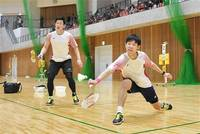 女子/綿矢・西江組 男子/橋本・佐伯組V バドミントン県総合選手権