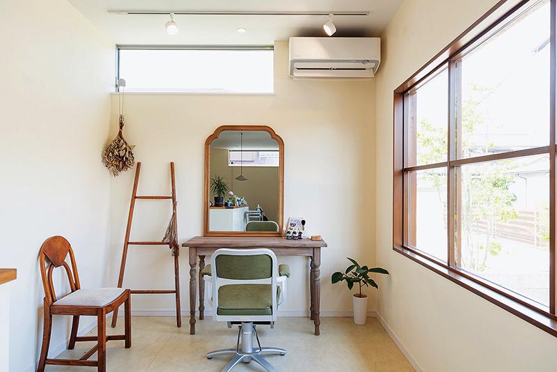 優しくてほっとする小さな美容室。